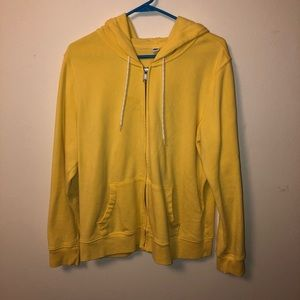 Yellow zip up make an offer.😀